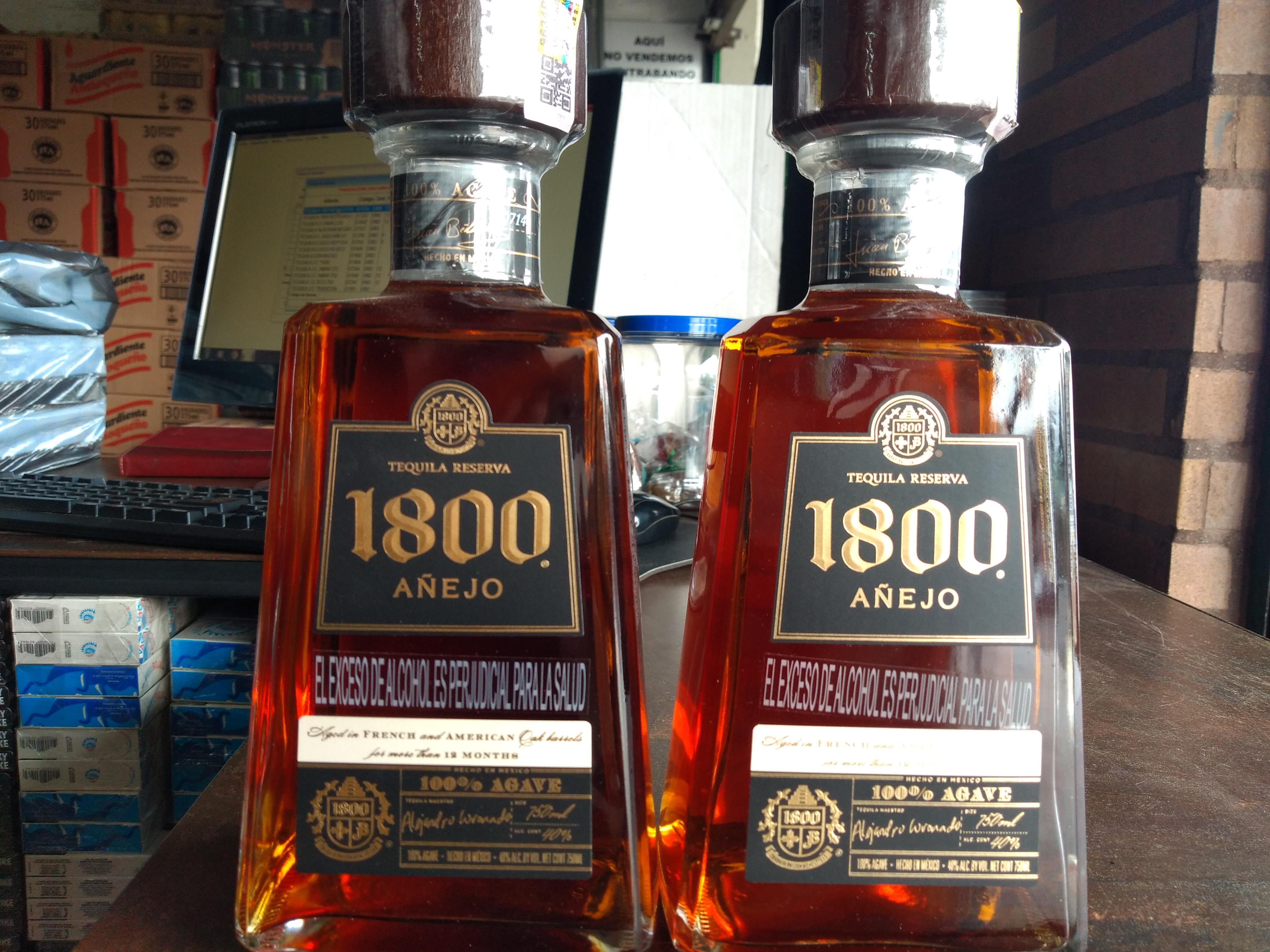 Tequila 1800 añejo x 750ml